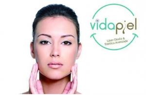 Tratamiento de rejuvenecimiento facial. En Vva. y Almendralejo