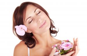 Limpieza facial profunda con aromaterapia
