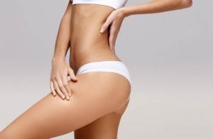 Peeling corporal + bono 3 sesiones de masaje y presoterapia.